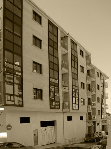 Edificio de 44 Viviendas